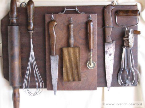 Oggetti cucine taverne rustiche for Regalo mobili vecchi