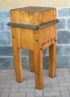 Lampadari credenze tavoli for Arredamento macelleria usato