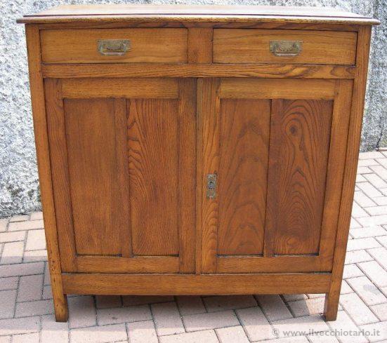 Credenze rustiche for Dispensa legno
