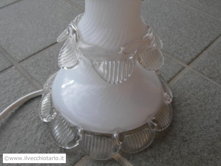 Antica lampada da tavolo soggiorno scrivania in vetro di murano bianco lattimo barovier toso - Ebay lampade da tavolo antiche ...