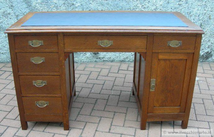 Vendita scrivania legno restaurata for Scrivania legno