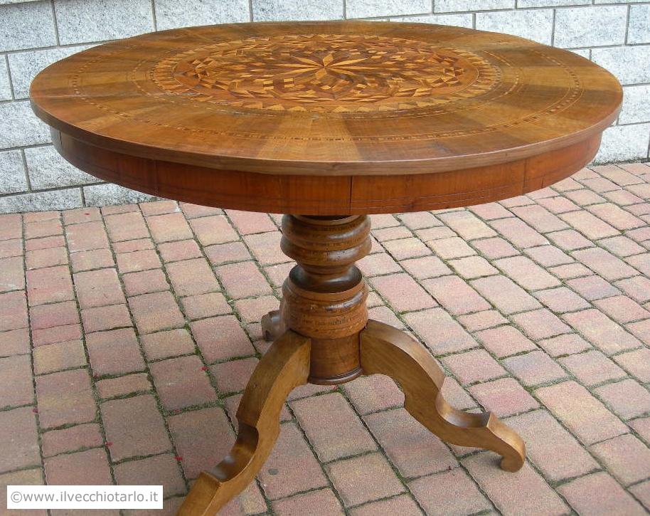 Tavolo in noce epoca 800 tondo ed intarsiato originale antico - Tavolo rotondo antico ...