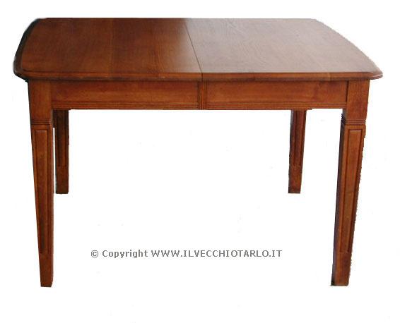 Tavoli allungabili e tavoli antichi